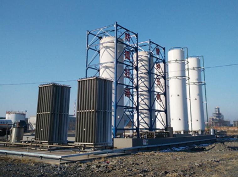 Polyethylene storage tank