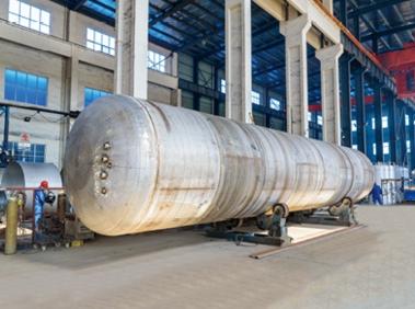 Low alloy steel non-standard pressure vessel